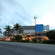 One Puerto Vallarta Aeropuerto in Puerto Vallarta