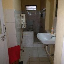 Options Homestay in Cherambane
