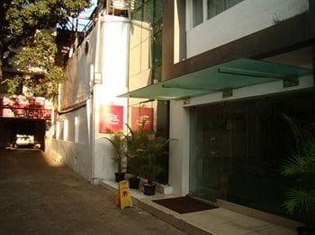 Hotel Oriental Inn in Chennai