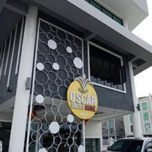 Oscar Suites Hotel in Sitiawan
