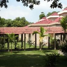 Ras Resorts in Vapi