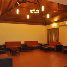 Ovm Resorts in Kumbakonam
