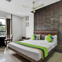 OYO 1000 Hotel Admiral Suites in Aurangabad