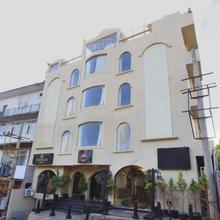 OYO 10112 Hotel Imarat in Suntikoppa