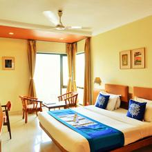OYO 1014 Hotel Bellevue in Surat
