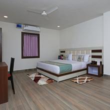 OYO 10153 Hotel Paradise Convention in Bhubaneshwar