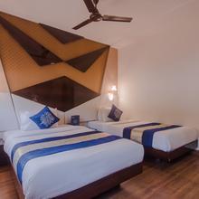 Oyo 10166 Hotel D69 Residency in Thane