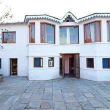 OYO 10196 Home Raghav Heritage Mukteshwar in Nainital
