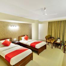 Oyo 10197 Hotel Apex in Ahmedabad