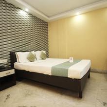 Oyo 10247 Hotel Golden Gate in Baghdogra