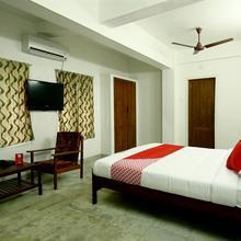OYO 10259 Hotel Safa Inn in Vellanad