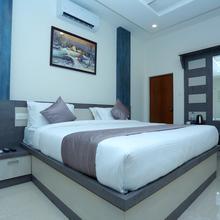 OYO 10278 Hotel Caprice Residency in Vypin