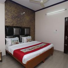 Oyo 10347 Hotel Deepak in Jaipur