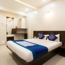 Oyo 10352 Hotel Vishwas in Pune