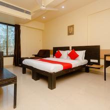 OYO 10382 Hotel Saffron Suites in Vasai