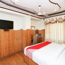 OYO 1045 Hotel Ashirward in Dhanaulti
