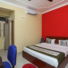 Oyo 10456 A R Residency in Patna