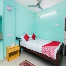 Oyo 10471 Hotel Samrat Palace in Khantora