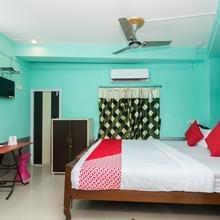 OYO 10471 Hotel Samrat Palace in Sankrail