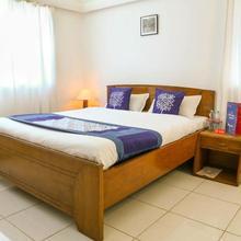 Oyo 10483 Hotel The Signature Crest in Wai