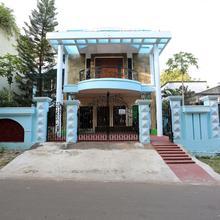 Oyo 10510 Nayapalli in Bhubaneshwar