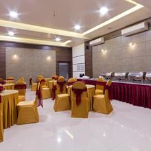 Oyo 1052 Hotel Rudra Shelter International in Virar