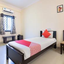OYO 10523 Spandana Residency in Hosur
