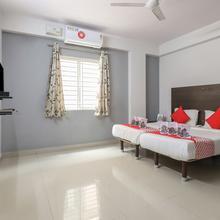 Oyo 10525 Varcity Abra Madiwala in Bengaluru