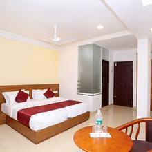 OYO 10547 Hotel Ayodhya Residency in Kozhikode
