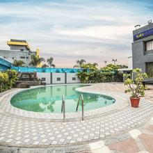 OYO 10600 Hotel 7th Cloud in Indore