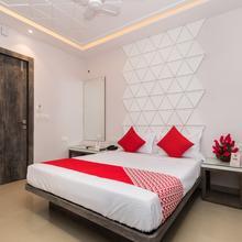 OYO 10614 Hotel Glassotel in Alipore