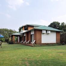 OYO 10626 Hotel Shantikunj Villa in Wai