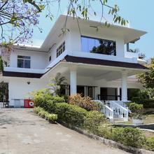 Oyo 10637 Hotel Chandana Residency in Kanthalloor