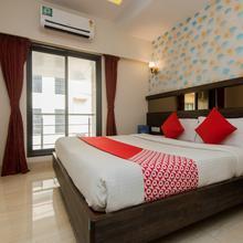 OYO 10650 Hotel Lotus Residency in Thane