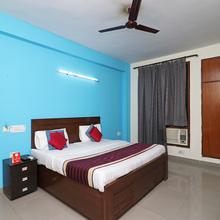 Oyo 10662 Hotel Akash Palace in Ghaziabad