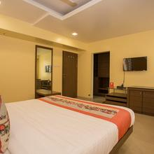 OYO 10679 Hotel Nanashree Executive in Koregaon