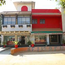 Oyo 10690 Florence Hotel in Naya Raipur