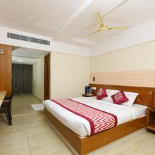Capital O 10700 Padmavathi Deluxe in Tirupati