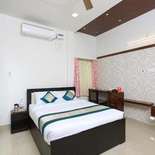 OYO 10701 Moukthi Apartment in Tirupati