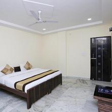 OYO 10708 Hotel Shree Krishna Spritual Stay in Vrindavan