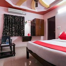 OYO 10711 Hotel Nsnr Residency in Leligumma