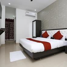 OYO 10718 White Oak Hotel in Bhopal