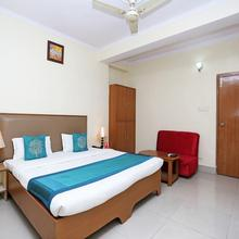 OYO 10788 Hotel Harisons Continental in Patna