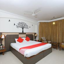 OYO 1081 Hotel Sindhu International in Tirupati