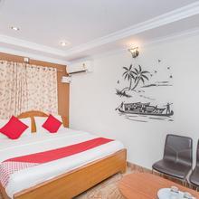 Oyo 10821 Sree Balaji Residency in Chik Banavar