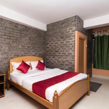 OYO 10831 Balaji Guest House in Shillong