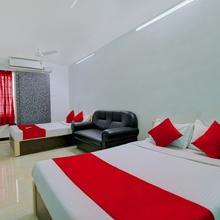 OYO 10835 Hotel Sri Sant in Madurai