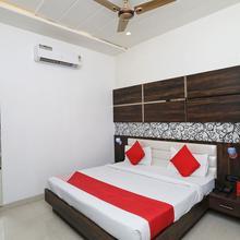 OYO 10842 Hotel Anjali Mahal in Vrindavan