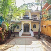 Oyo 10958 Home Modern Studios Candolim in Sinquerim
