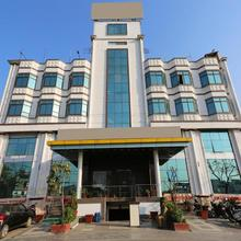 OYO 10970 Hotel Krishna Palace in Gorakhpur